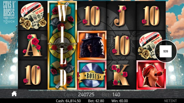 Guns N' Roses slot Stacked Wilds and 3 random bonuses.